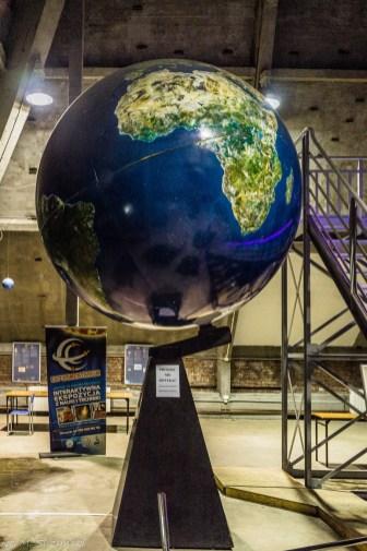 ogromny globus