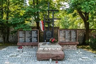 cmentarze w kielcach - cmentarz partyzantów katyń