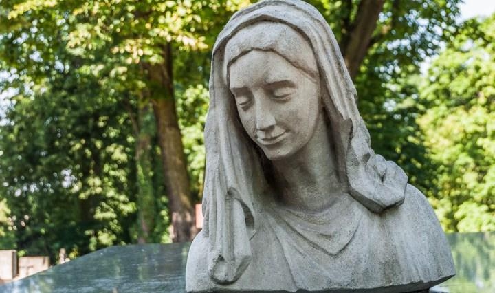 cmentarze w kielcach - cmentarz stary popiersie