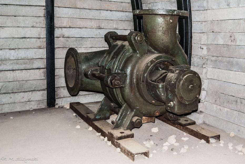 Częstochowa - Muzeum Górnictwa Rud Żelaza maszyna górnicza