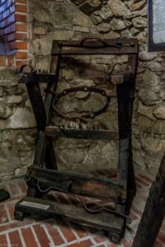 żywiec - muzeum miejskie stary zamek narzędzia tortur