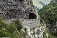 Kanion rzeki Moraca droga tunel czarnogóra