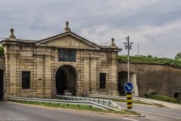 nowy sad mury miejskie - serbia