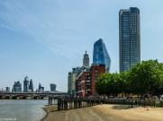 plaża londyn - spacer wzdłuż tamizy