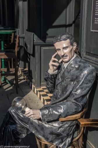 Nicola Tesla rzeźba - co zobaczyć w sarajewie