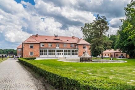 sztutowo - Muzeum Stutthof w Sztutowie budynek główny