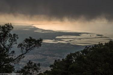 Sycylia - deszczowe chmury nad Salinami