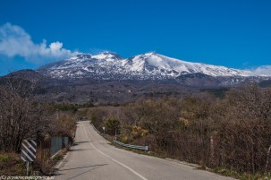 Sycylia - ośnieżona Etna