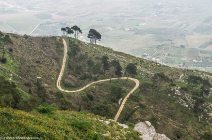 monreale - erice widok na wzgórze