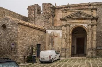 monreale - erice opuszczony kościół