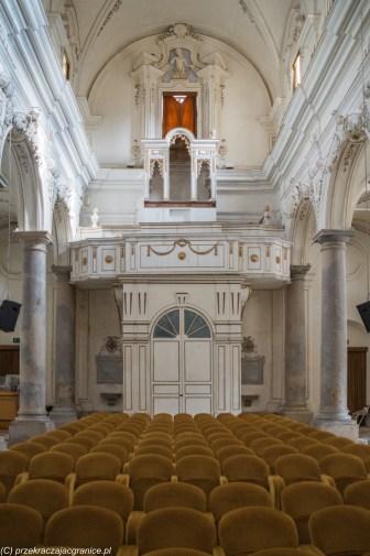 saliny - marsala kościół Najświętszych Dusz Czyśćcowych wnętrze