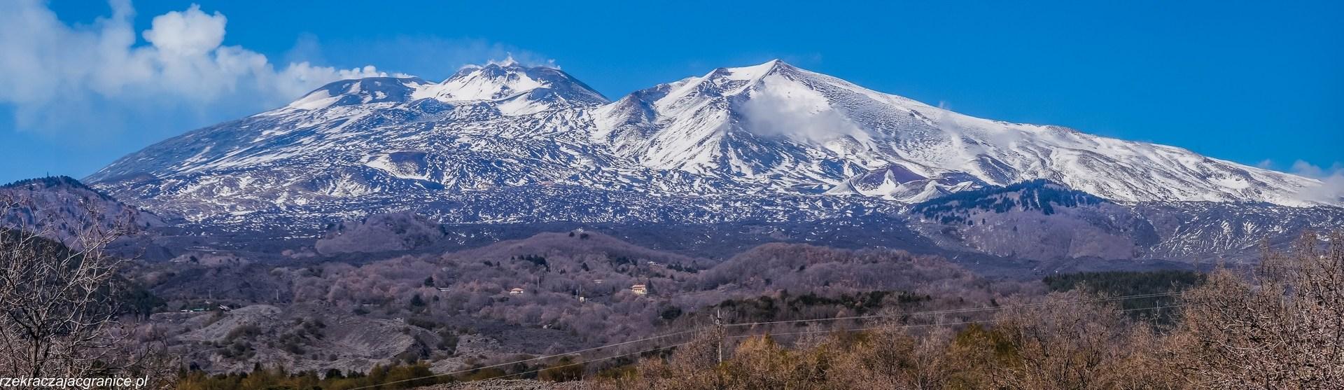 panorama na ośnieżone szczyty
