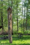 wigry sztuka kapliczka drewniana totem natura