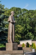 pomnik park mężczyzna