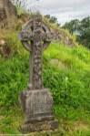 nagrobek krzyż celtycki grób cmentarz
