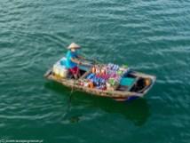 północny wietnam - ha long bay sklep na łodzi