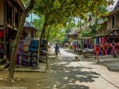 północny wietnam - mai chau ulica pamiątki