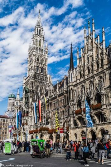 Marienplatz - atrakcje Monachium