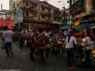 spacer po hanoi - kobiety sprzedające owoce