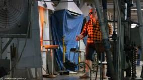 atrakcje karpacza - huta julia praca przy piecach