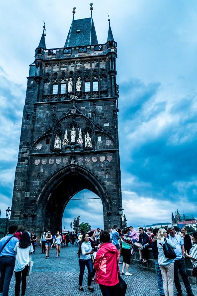 Praga - Most Karola - brama