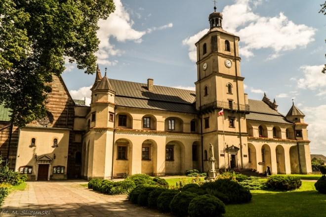 Wąchock - opactwo cystersów - na północ od Kielc