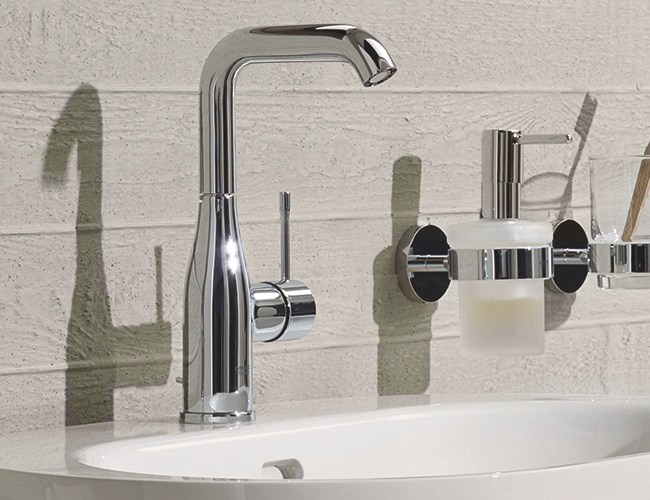 grohe-essence-new-single-lever-basin-mixer-swivel-spout-with-pop-up-waste-set-h-244-mm-fg-32628001_1a