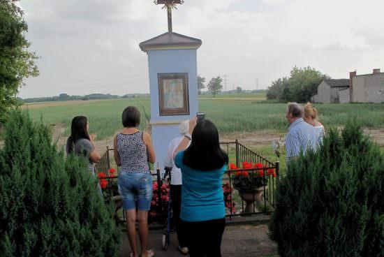Kapliczka w Koczargach Nowych
