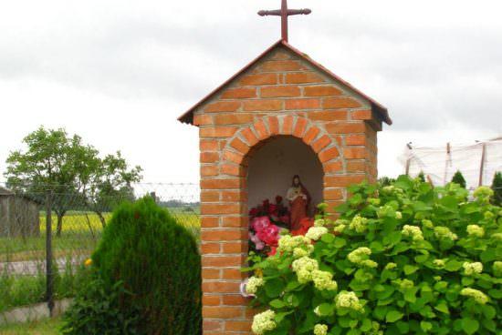 Kapliczka w Świerszczowie
