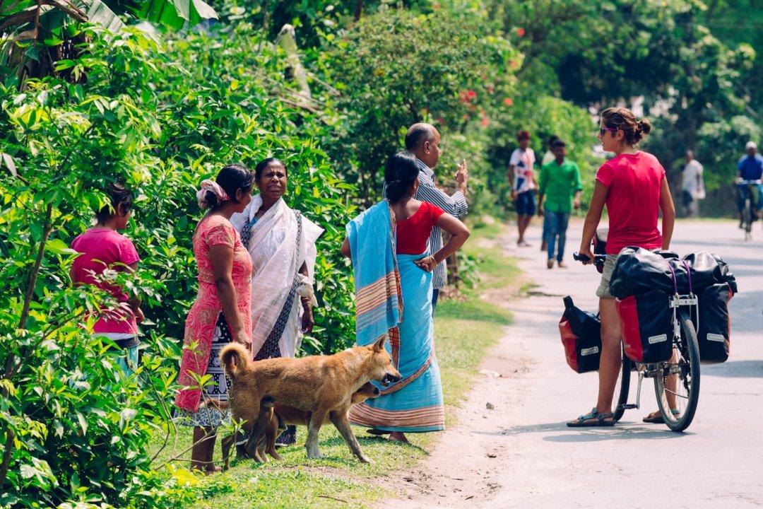 Indie, dzień jak co dzień, Kasia odpowiada nastandardowy zestaw pytań - skąd? dokąd? poco? czytotwójmąż?