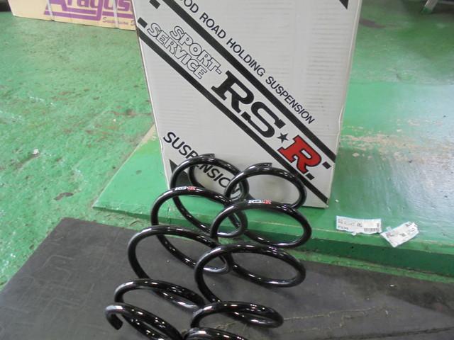 GJ2 エアウェイブ RS-Rのダウンサスに交換 四輪アライメント