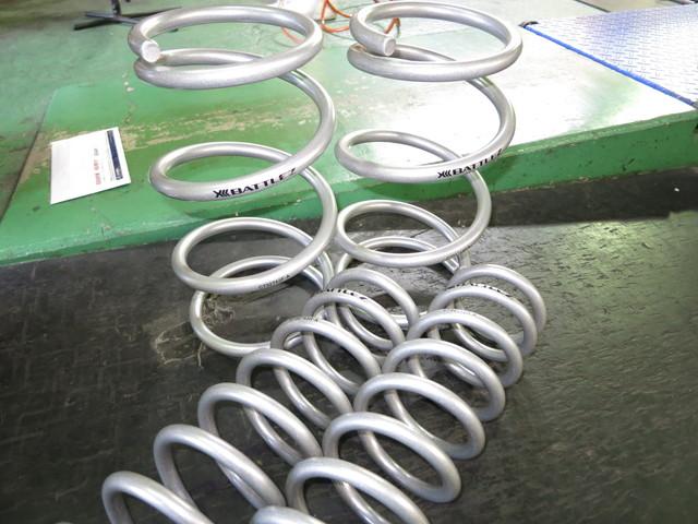 SJ5 フォレスター JAOSのリフトアップスプリングに交換 四輪アライメント