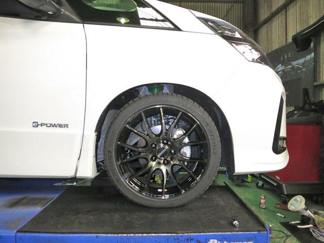HFC27 セレナ e-power TEINの車高調に交換 四輪アライメント調整