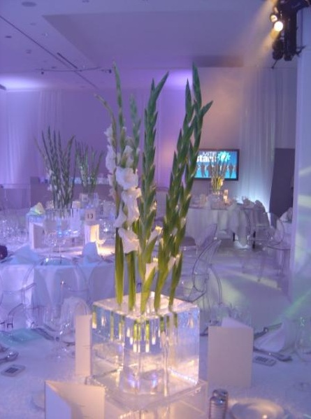 Ice Table Centre with Flowers