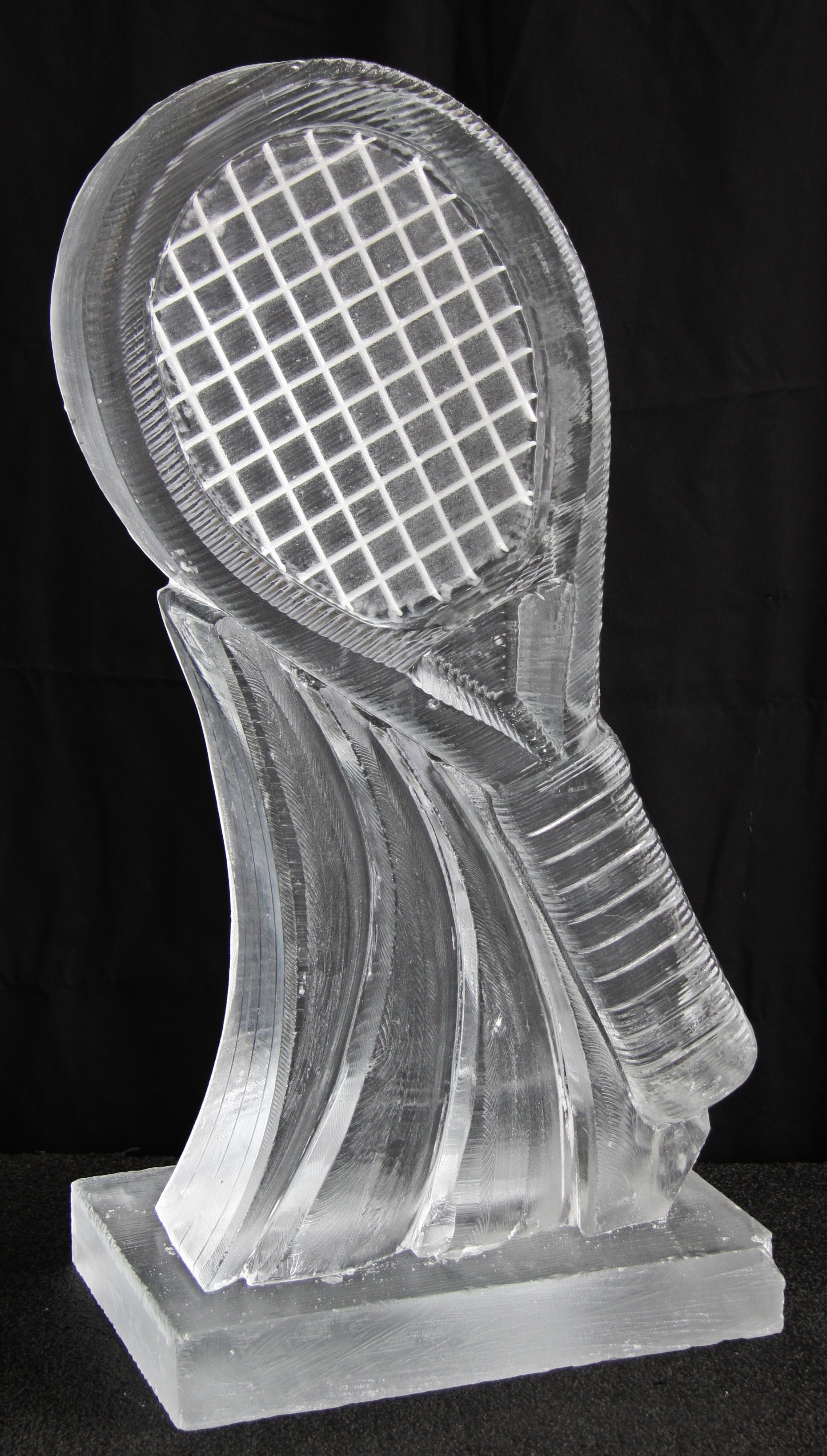 Tennis Racket Luge (1)