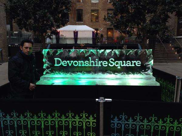 Devonshire Sq Live Carving (2)
