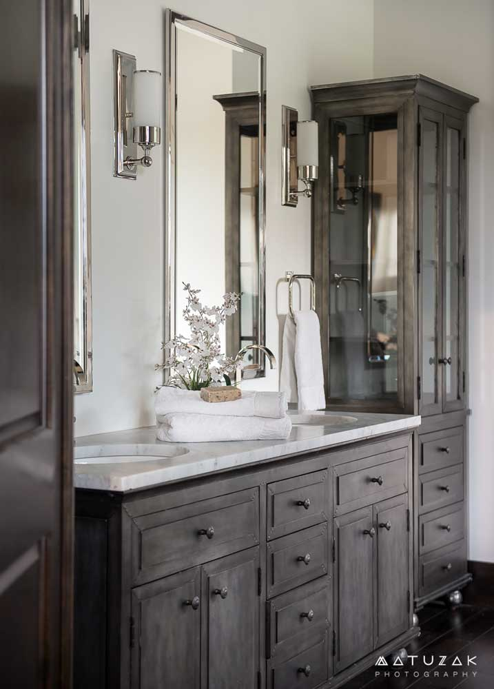 the double sink vanity is topped with