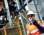 Enterprise_APAC_Australia_Coal-Mine_Mining_Mine-Worker_Radio_2732_Juan-Martinez
