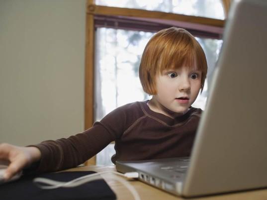 pavojai-vaikui-internete