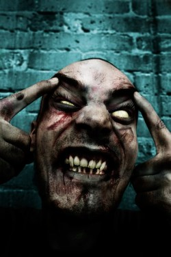 zombie-374207_640