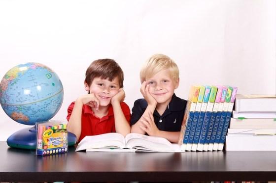 vaikai-mokykla