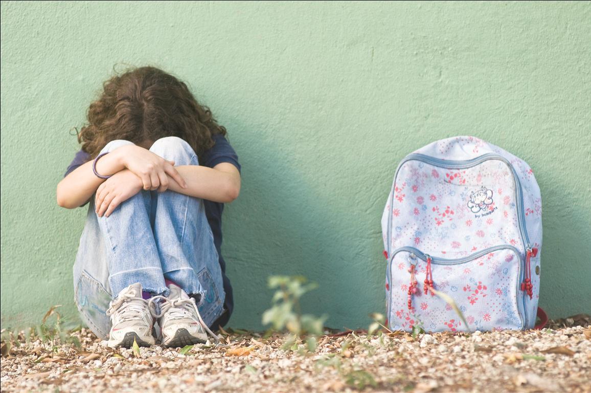 Suicídio Infantil. Um assunto sério sobre a tristeza das crianças