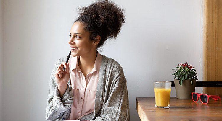 profissão que escolhi, mulher pensando, mulher negra