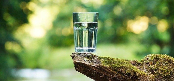 soltar agua