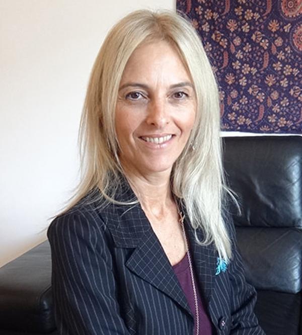 Dra. Sandra Santin