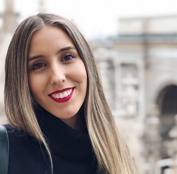 Dra. Flávia Miranda