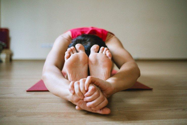 Gente che fa Yoga