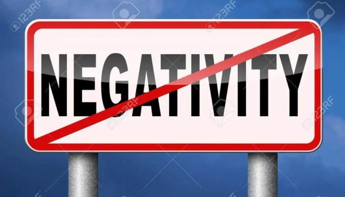 3 estrategias probadas para eliminar pensamientos negativos.