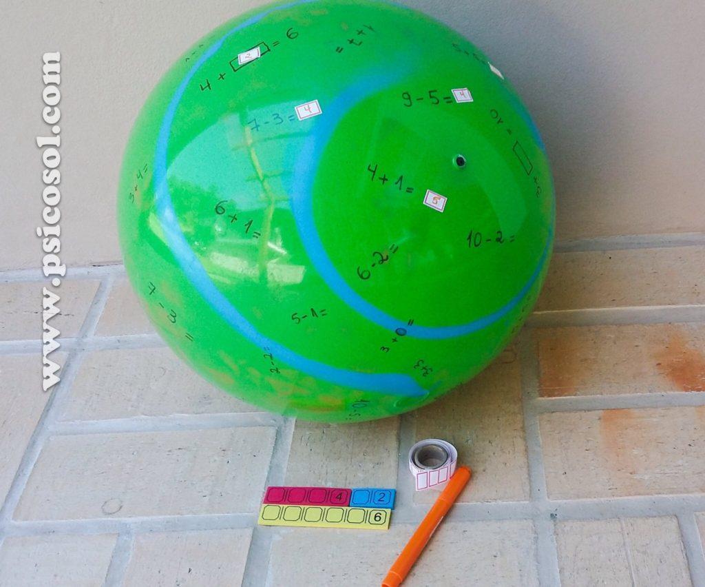Bola com operações matemáticas