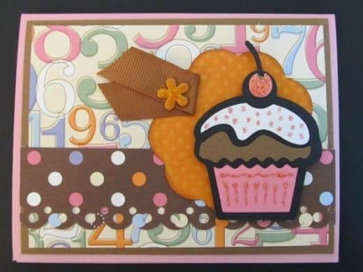 Hello Kitty Cricut Cartridge cupcake card with sprinkles